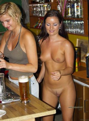 Amateur matures and housewives naked..