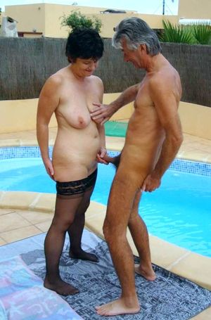 Homemade swinger porn with two mature..