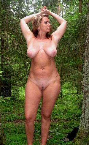 Juicy milf BBW with incredible big..