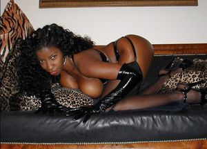 Black milfs with fantastic shapes..