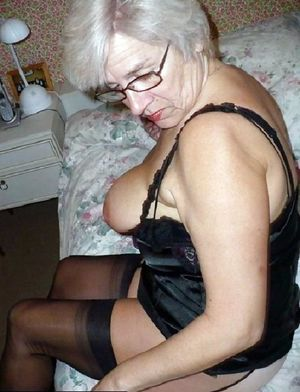 Nude grannies and mature women..