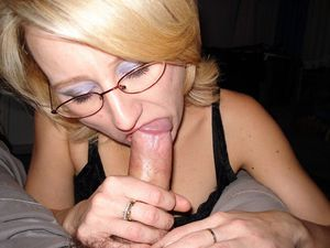 Stunned mature wives takes very big..