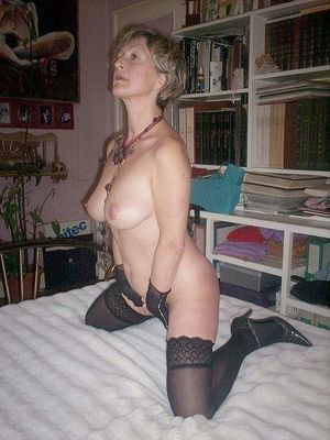 Mature ladies in the Stockings, pussy..