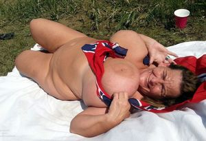 American mature BBW with enormous..