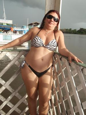 Curvy ethnic lady on the rest private..