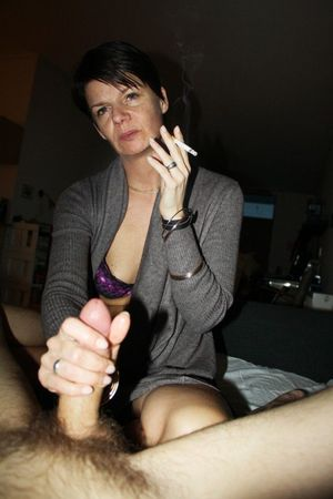 This dissolute mature slut filling..