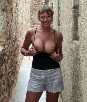 Mature women nudists which brags of..