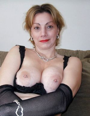 Busty bitch with big eyes sucking and..