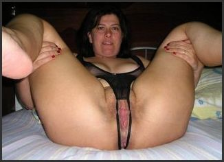 Look At My Wifes Pussy